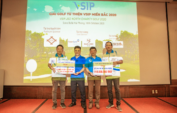 VSIP JSC Charity Golf received the donation of nearly 400 million Vietnam dong