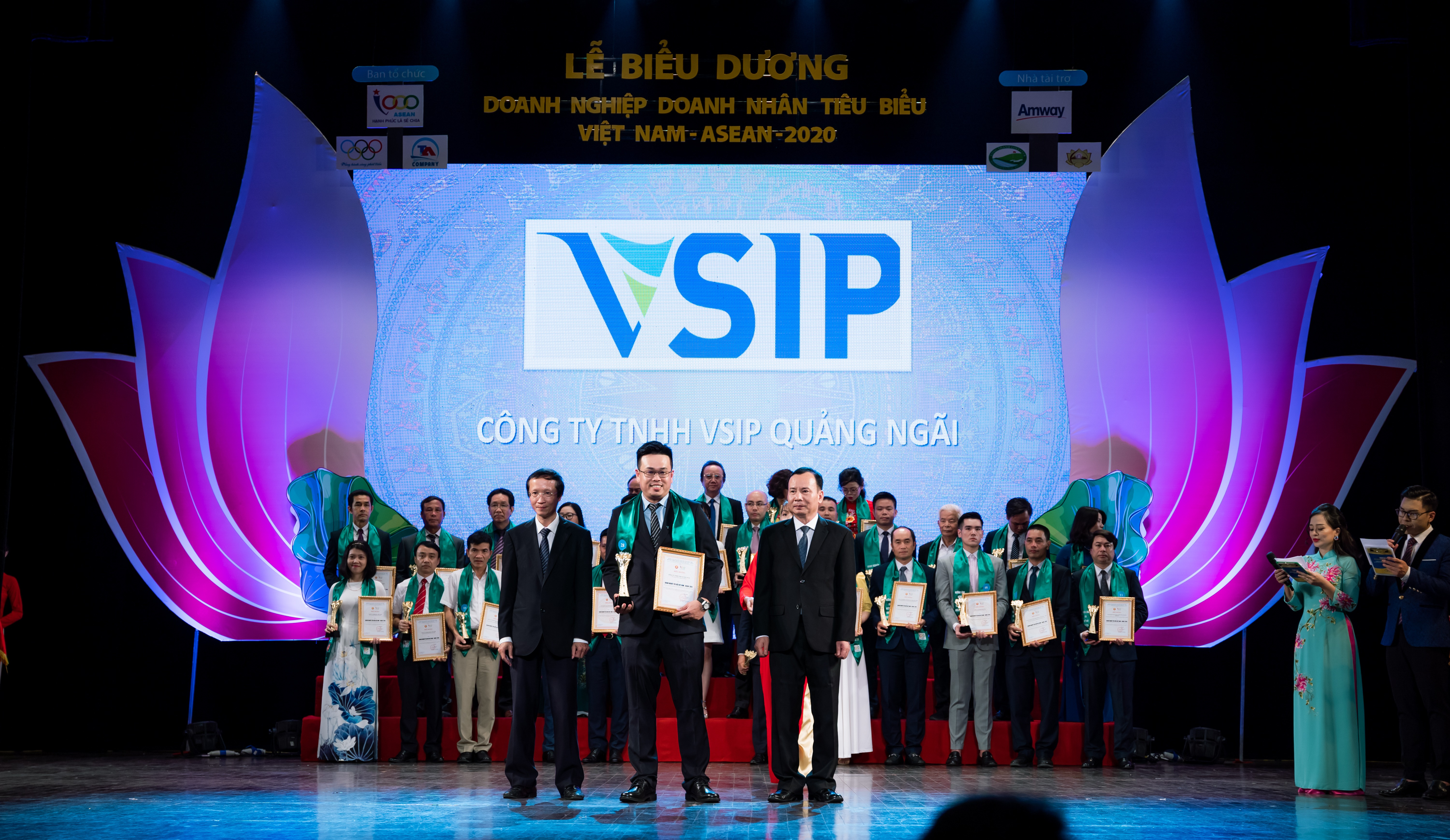 VSIP QUANG NGAI JOINED ASEAN BUSSINESS FORUM +3